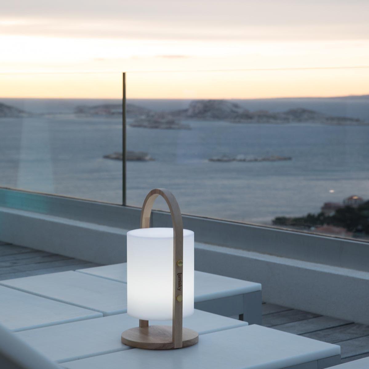 Lampe Enceinte Bluetooth Sans Fil Poignée Bois Led Blanc/multicolore Dimmable Woody Play H37cm ...