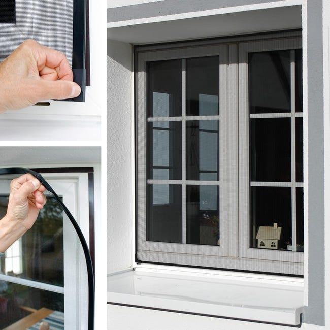 Moustiquaire Magnetique Pour Les Portes De Fenetres Fermeture Magnetique Anti Insectes 130x150cm Leroy Merlin