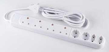 Multiplug 4x3pin - 2x2pin - 2x schuko with 3m cable DIGITECH