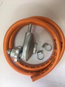 Gas regulator L shape incl 1.2m hose and clamps