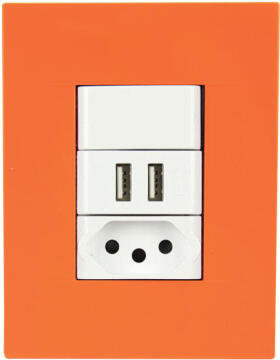 SOCKET 1X2PIN+2XUSB 2X4 CHORUS ORANGE
