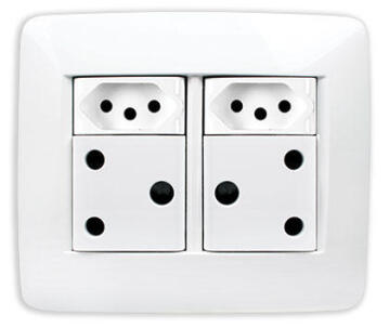 SOCKET 2X3PIN 1X2PIN 2XUSB 4X4 WHITE