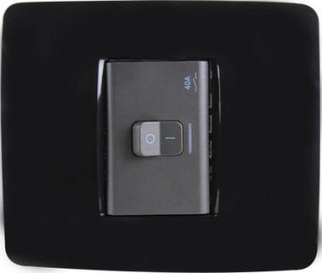 ISOLATOR SWITCH 40A BLACK