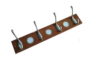 WOOD COAT HANGER ROUND 4 STEEL HOOKS
